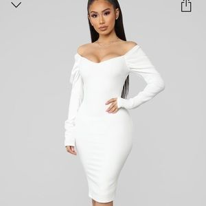 NWT Dinner Party Off Shoulder Midi Dress